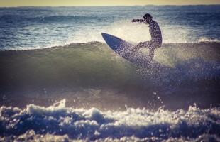 サーフィンアメリカ合衆国USAの事前合宿が静岡県下田市で開催されます
