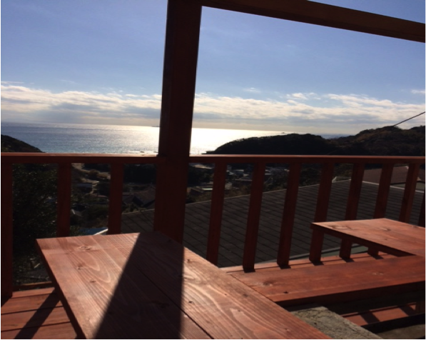 伊豆の太平洋を望む海が見えるバーベキュー場