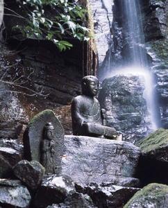 奥の院の弘法大師像