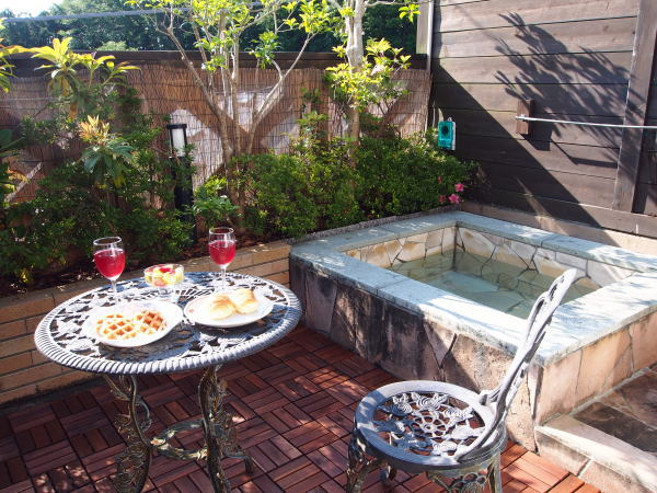伊豆コテージの温泉露天風呂