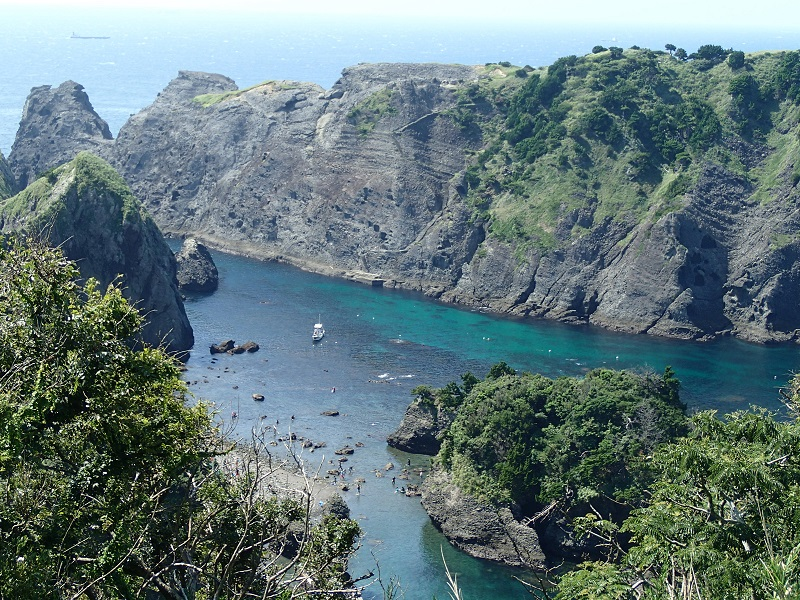 ヒリゾ浜 船でしかいけない静岡県伊豆の秘境ビーチ