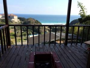 入田浜山荘バーベキューコーナーからの海の眺め
