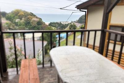 入田浜山荘 A6名用 バーベキューコーナーから海の眺め