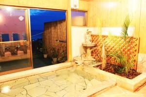 下田、入田浜山荘の展望風呂