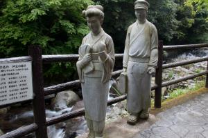 河津七滝 踊子像