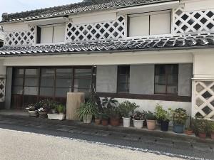 下田 なまこ壁の建物